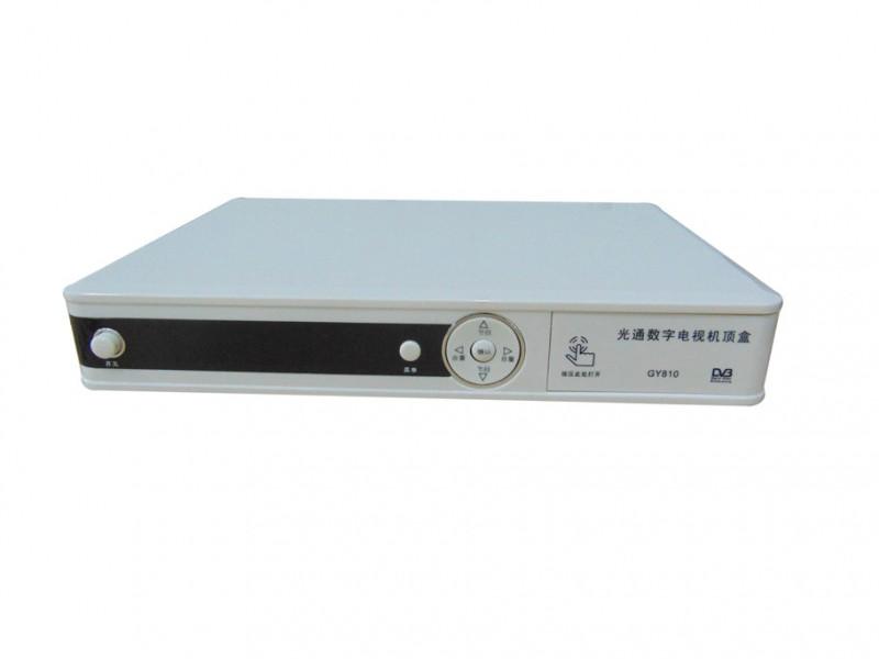有線電視+網絡點播 DVB+OTT